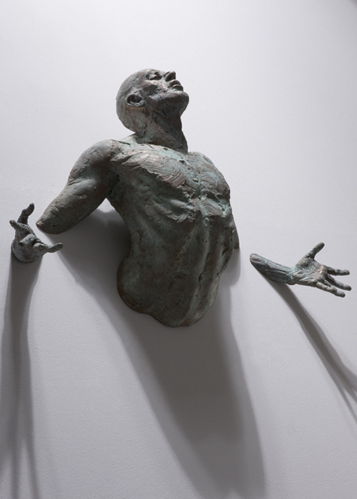 cosascool:  Sculpture by Matteo Pugliese  Probably the coolest sculpture I have ever seen