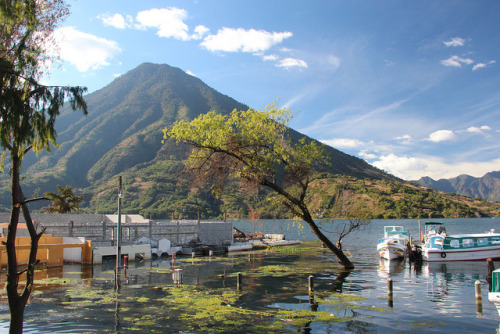 visitheworld:  by Alan1954 on Flickr. Lago de Atitlán is a large endorheic lake in the Guatemalan Highlands. Atitlan is recognized to be the deepest lake in Central America with maximum depth about 340 meters.