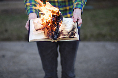 venebelle:  We will all burn one day (by Ben Zank)