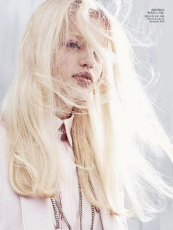 Daphne Groeneveld goes platinum with white-gold locks and bleached brows in this month's Vogue China.