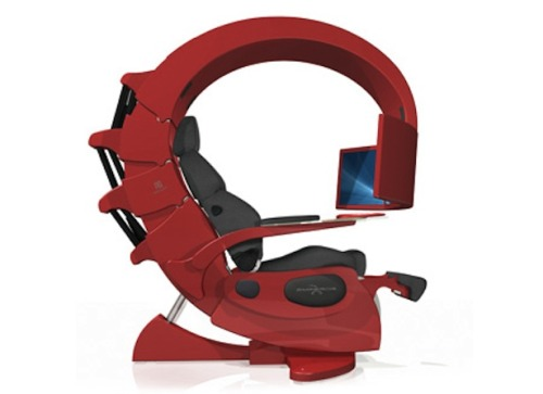 Scorpion Shaped Workstation: Geeks and Gamers Heaven!!See how it works here