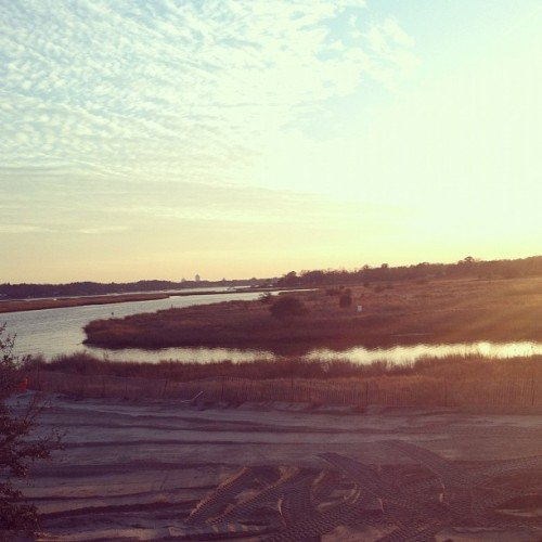 Work. #water #marsh #sand #inlet  (Taken with Instagram at Lesner Bridge Boat Launch)
