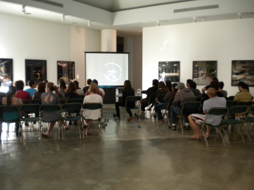 Last Thursday, Rhona Bitner gave a free lecture to CSULB photography students on her work and her photography practice. We hope the students in Intermediate Photography and Color Photography learned some tips of the trade, and we thank Prof. Rebecca Sittler-Schrock and in the CSULB Art Dept. (College of the Arts) for encouraging students to learn. Thanks to everyone who came out!