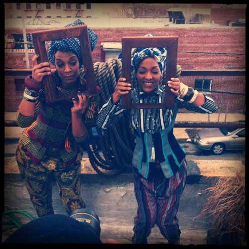Behind-the-scenes look at Les Nubians wearing Loza Maléombho at photoshoot. (http://www.lozamaleombho.com)