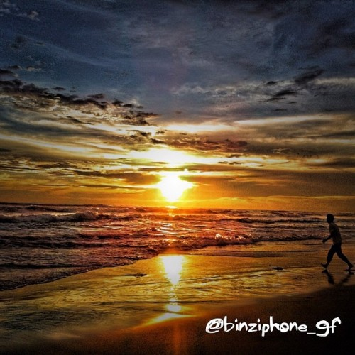 Runner & Sunset #hdriphoneographer