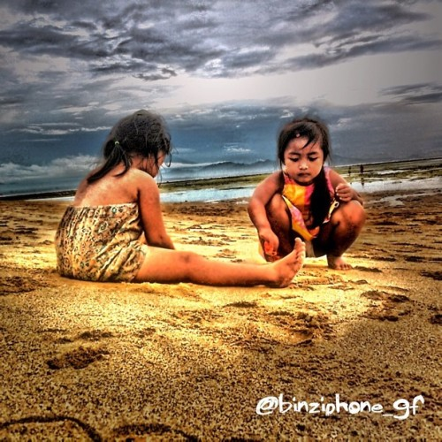 Little Girls #hdriphoneographer