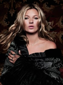 (via Kate Moss by Sonia Sieff for Madame Figaro)