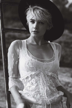 Carey Mulligan: The Talented Miss Mulligan - Vogue by Peter Lindbergh, October 2010