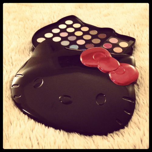 New Hello Kitty makeup palette…super cute!!!
