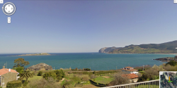 izarrakbegi:   Urdaibai Biosphere and Estuary, Mundaka Ibaia, Bizkaia (Google Earth)  Anyone who does not think that this is one of the most beautiful places on Earth has not actually lived.