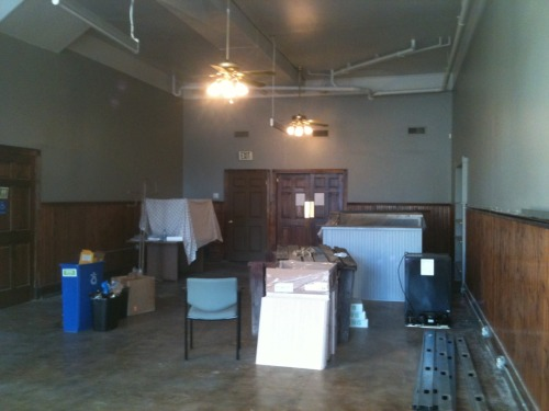 11.20.11 The main studio space is now painted!