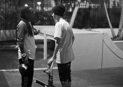 veeale23:  bieber and wayne <3