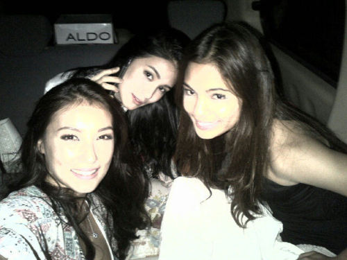 "RT @solennheussaf ""Chilling in the car with @lovipoe and @heart021485. Waiting for our scenes in Legacy  http://yfrog.com/ki599lej """