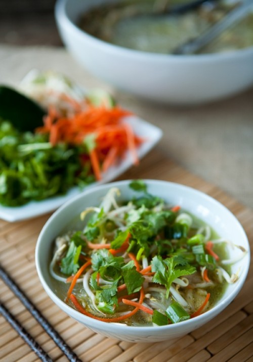 la-food:  Vietnamese Chicken Noodle Soup. Recipe here