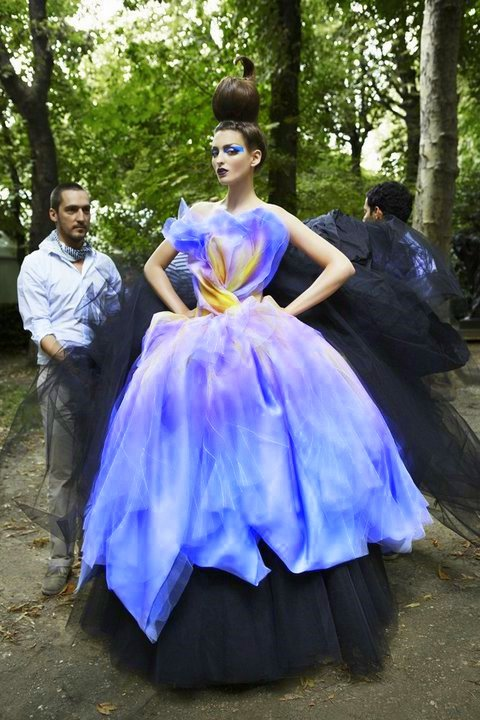 fragment of my dream… somethingvain:  Christian Dior Haute Couture F/W 2010, backstage