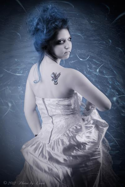 Photographer: http://www.facebook.com/Photosbyluna Make Up: http://www.facebook.com/brittnilace January 2012
