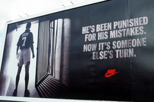 theresonlyonekeano:  Nike ad featuring Eric Cantona on his return from suspension, unveiled versus Liverpool, October 1, 1995.