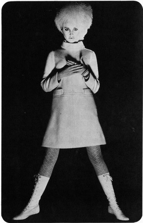 Sue Murray Photo by David Bailey, Vogue, 1966