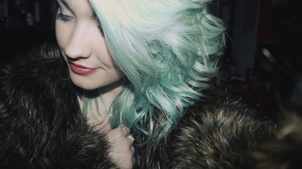 i wish my hair was this colour for longer