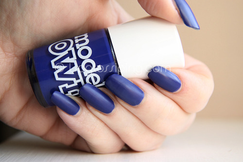 kittehlord:  Casually painting my nails TARDIS blue and considering/researching Fem!10th Doctor cosplay. Doodedoo.  i need this color!