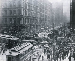 Traffic on Dearborn & Randolph, Chicago. 1909.Chicago Historical Society