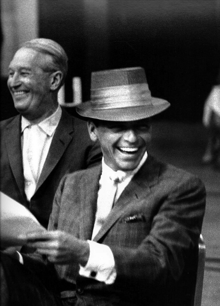 theniftyfifties:  Frank Sinatra by Bob Willoughby
