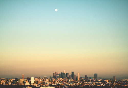 drug-child:  I love photos of the Los Angeles skyline. Makes me happy that I live there.