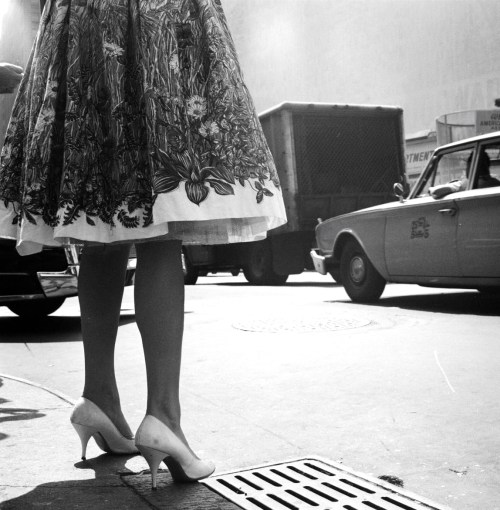 legrandcirque:  Photograph by James Burke. New York City, 1960.