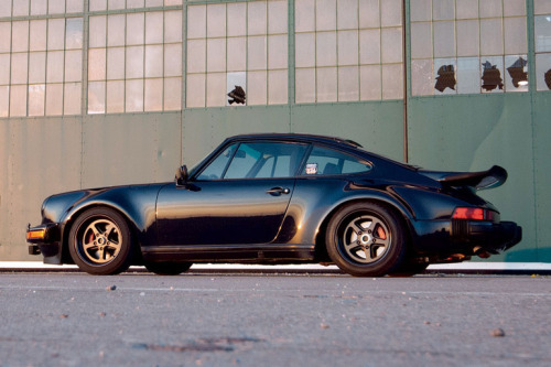 vs-design:  Porsche 964 Turbo