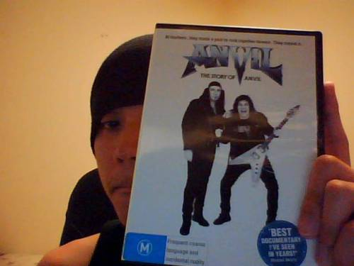 Wandering around the city and found a copy of Anvil - The Story of Anvil on DVD for only $7.00. Absolute value, immediate buy. If anyone's followed me on Tumblr and Blogger, they'd know that this doco recently became a huge favourite of mine, it's sitting somewhere in my top ten, I'd say. Brought me to tears, this film did.