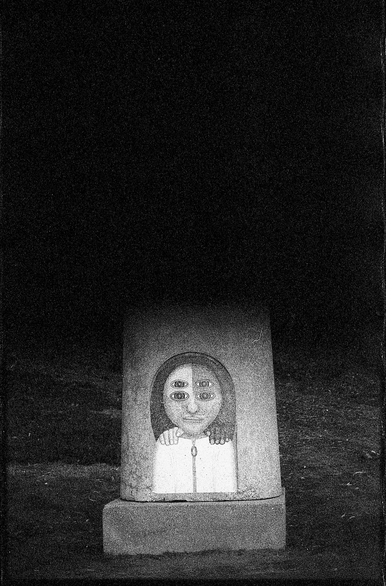auxiliofaux:  I needed to tell her Canon FT QL Ilford 3200 ©2012auxiliofaux