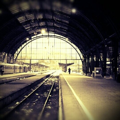 La gare. (Homage á @prinsesser) (uploaded with Streamzoo.com)