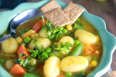 gastrogirl:  vegan veggie pot pie soup.
