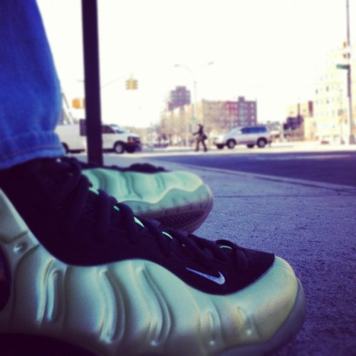 Electric green Foamposites #kicksoftheday #ig #instamood #iphoneography #instagood #instagram #commute #nyc #newyorkcity #nike #foams #foamposite #kicks #shoes #shoeporn #green #sneakers #sneakerporn  (Taken with instagram)