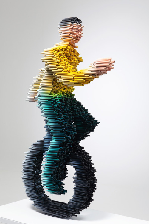 laughingsquid:  PVC Pipe Sculptures of Motion-Blurred Figures by Kang Duck-Bong