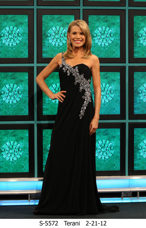 Vana White from the Wheel of Fortune! Wearing style # J360
