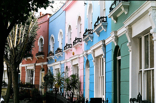 independiente:  Pastel Houses (by but_those_are)