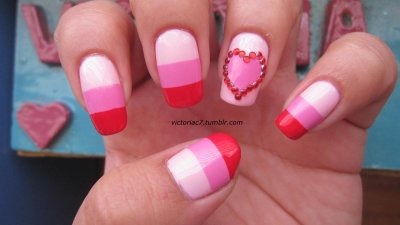 Valentine's Day nails! Colors used:  China Glaze - Go Go Pink Sally Hansen X-treme Wear - Bubblegum Pink Zoya - America