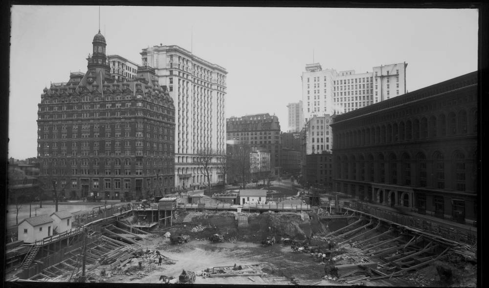 Downtown excavations in 1905, New York