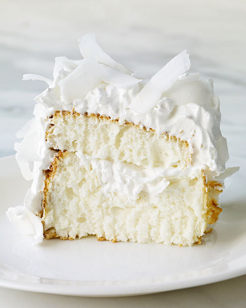 thecakebar:  Coconut Cloud Angel Food Cake! (recipe)