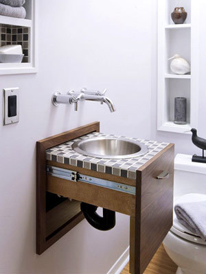 (via Unique Bathroom Furnishings)