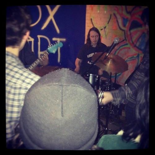 #basementshow #basement #allstonma #allston #sneeze #band #boxfort (Taken with instagram)