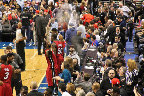 agonyofdefeatpics:  SIXERS VS. HEAT - 2/3/12 Good showing by the Sixers tonight until the fourth quarter.  More photos to follow tomorrow. (Chalk toss on Flickr.)