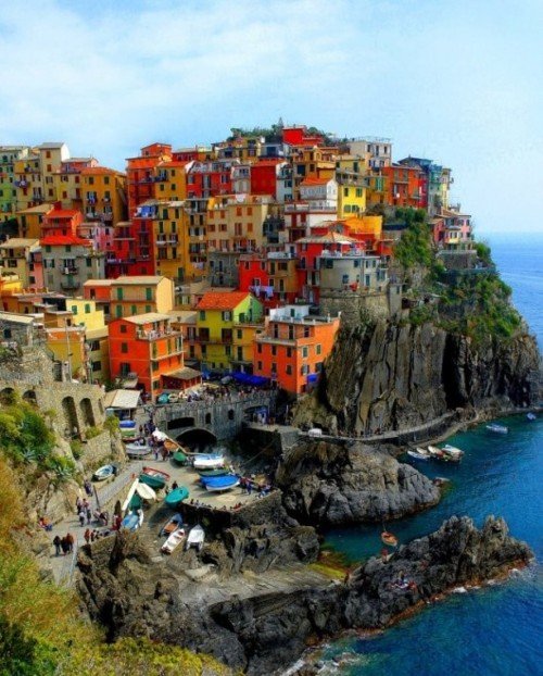 wanderlusteurope:  Riomaggiore, Italy. This place is just dreamy!