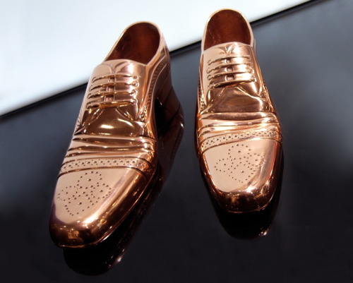 Tom Dixon Cast Shoe (2012)