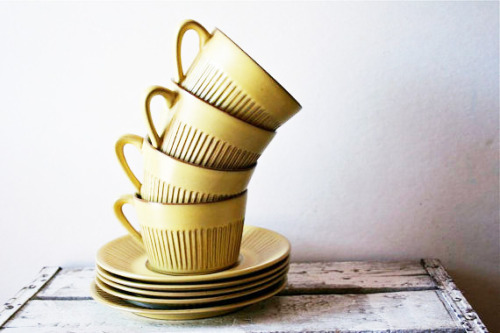 Mid-century Dutch cups and saucers via blue flower vintage on etsy