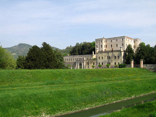 "Battaglia Terme, Catajo castle The Obizzi family, whose origins lie in the Burgundy region of France, may be considered, in Italian history, as a family of ""soldiers of fortune"", who reached Italy in the wake of the Emperor Henry II in 1007. In a period of peace, Pio Enea degli Obizzi (who gave his name to the ""obice"", a howitzer siege cannon), attracted by the beauty of the area, decided to build a palace worthy of the magnificence of the family. This palace was designed by Pio Enea himself without the help of architects; it is therefore a cross between a military castle and a prince's palace."