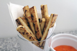 foodopia:  tofu fries: recipe here    yummmm