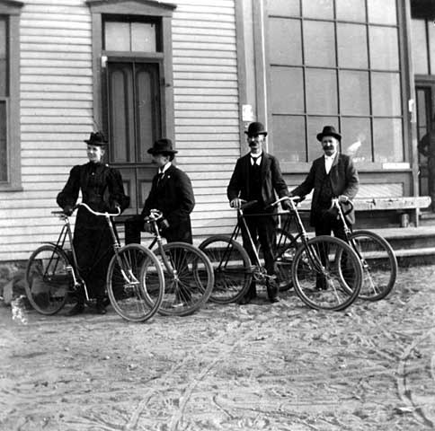 "afrormosia:  ""Ingersoll family members on bicycles; Bessie Ingersoll far left,"" circa 1900. (Minnesota Historical Society, Negative no. 96617.)"