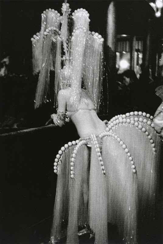 hollyhocksandtulips:  Showgirl, Les Folies Bergere Photo by Edouard Boubat, 1960